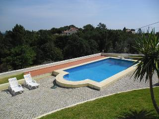 Casa de Paredinha com piscina e paisagem linda