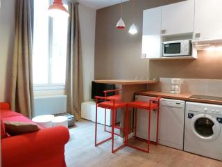 1 br flat in Old Town, Nice