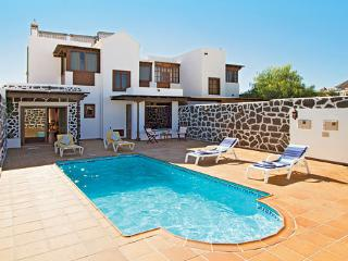 Villa Reme, excepcional Villa Privada con piscina.
