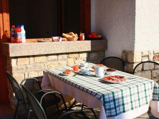 Suite Arianna, in Villa singola vista lago e Wi-fi, Tignale