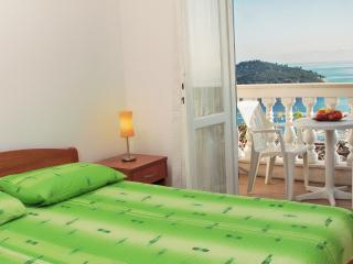 Room with beautiful view in Dubrovnik 1