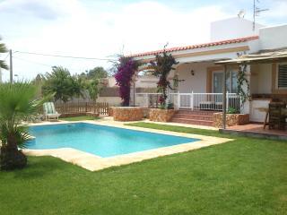 casa de vacaciones con piscina, Sant Jordi