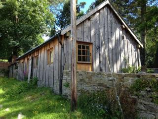 Haywood Cabin, Kington