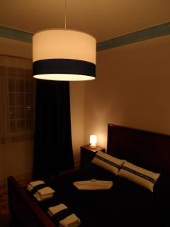 Laura House - rental house or room - Quiet space, peaceful feeling at night.
