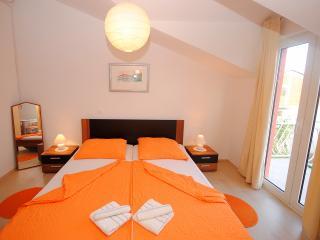 Apartment for 3 persons in Kastela, Kastel Stafilic