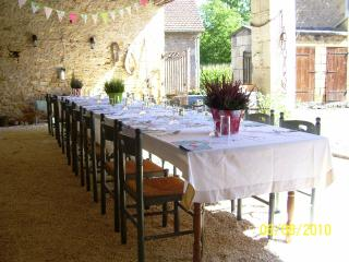 Le Four a Sel Holiday House for 15 people w/Pool , Fishing, nr Lascaux & Sarlat, Aubas