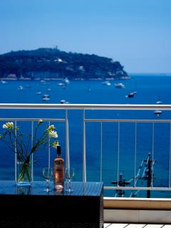 Enjoy a glass of rosé on the balcony looking out to Cap Ferrat.