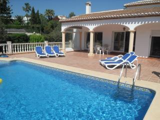 La Gavina Large private villa  with pool and WIFI