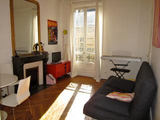 Location de chambre dans le 15 eme à Paris, Antony