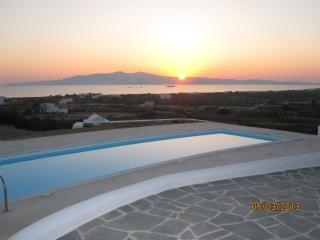 Luxurious Apartment with Separate Studio, Ciudad de Naxos