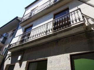 (Fonte 2) Apartamento acogedor con balcón. Cangas
