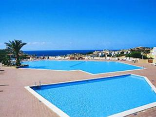 Villa Marisa 2 bedroom apt sleeps 4/5, Costa Paradiso