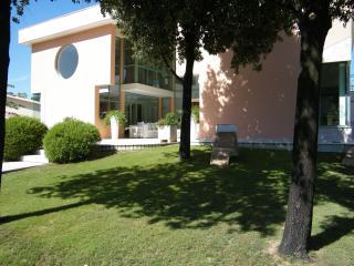 Villa Ferrara, Capoterra