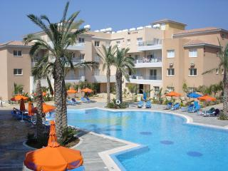 Excl.townhouse 2 beds 2 baths FREE WIFI/UK&Sky TV, Paphos