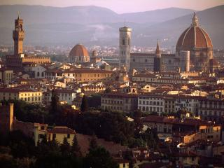 One bedroom flat in Florence, satellite TV, intern