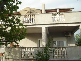 Apartment rental in Zadar, terrace/Wifi/parking