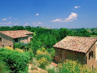 Piccolo Borgo, Amandola