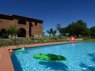 Secluded villa with private pool Trasimeno lake