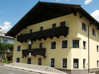 The Farberhaus B&B & Apartment House