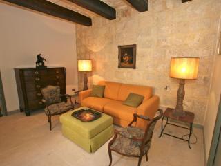 Luxury 17th Century Palazzo Apartment 4, Valletta