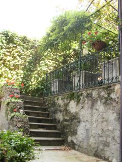Walkway to the main terrace where your breakfast awaits.