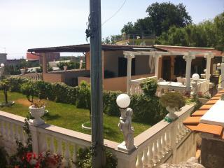 Villino ad  ISCHIA, Forio
