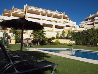 Estepona, 3 bedrooms apartment close to the beach