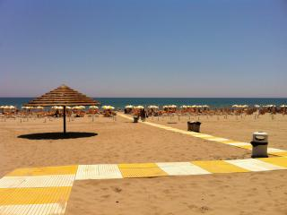 Case Sangiorgio, Apt- Cinema - C, 100mt from the beach