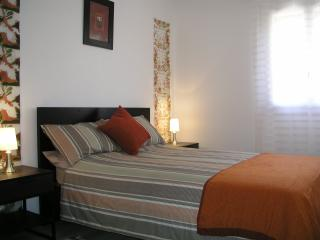 Comfortable apartment close to centre and station, Perpignan