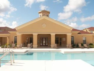 Terrace Ridge Holiday Condo from $545 p/w plus tax, Davenport