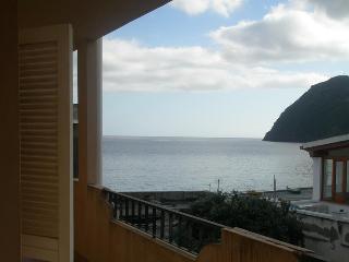 Appartamento a pochi passi dal mare, Lipari