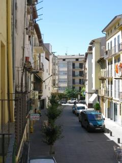 vistas desde el balcon hacia la calle