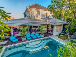 New Villa 4 BR in sophisticated Seminyak