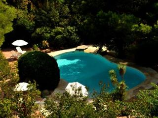 2 bedroom villa with pool in Domaine de Beaumont