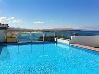 1 bedroom apartment, sea views, La Oliva