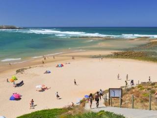 Charmosa casa 800 m da praia, Vila Nova de Milfontes