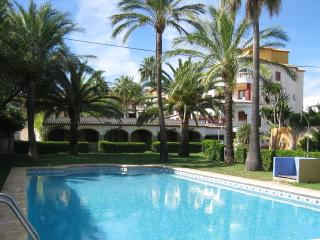 Penthouse in Javea, first sea line, 600m from beach, fiber internet, sat. tv