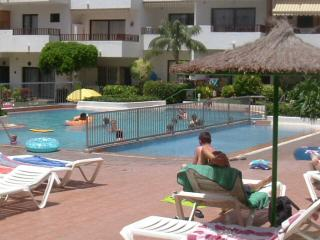 2 delightful pools,1 heated in winter, with all-day restaurants, bar, & delicatessen.