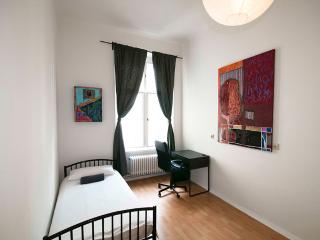 Artist Apartment in Berlin Center