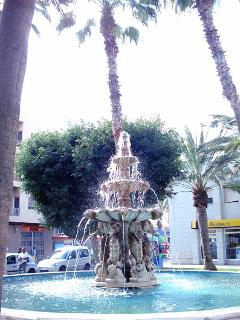 The famous fountain in the centre of the town