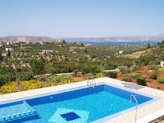 Villa Gaia, Tsivaras