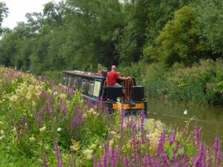 Float by Boat meditative narrowboat retreat, Henley-in-Arden