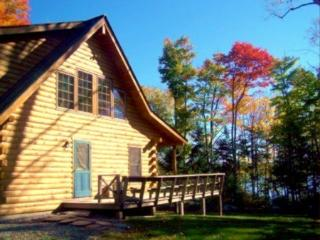 #118 Top quality, private log home on Moosehead Lake
