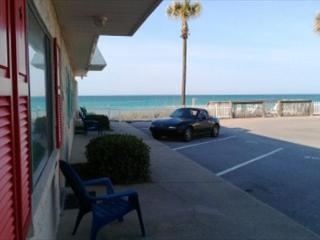 Carpi by the Gulf 105, The Beach is literally steps from your front door!, Destin
