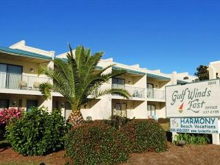 Gulf Winds East 39, Recently remodeled!  Steps from the beach!