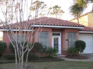 Emerald Oasis, 3BR/2BA private home. Gated neighborhood!, Destin