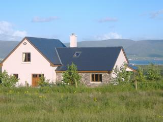 Red Cliff House Self Catering - Relax and Unwind.., Ballinskelligs