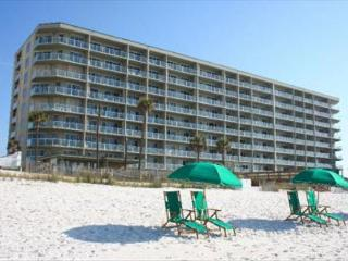 Sterling Sands 111, 2BR/2BA beachfront condo!, Destin