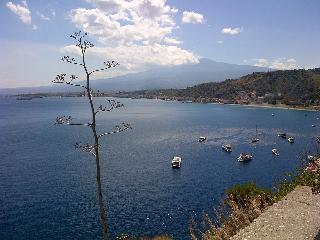 Taormina-Giardini Naxos