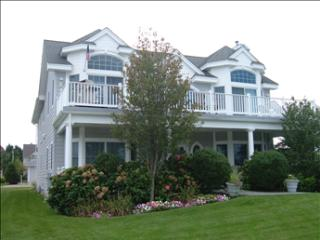 Spacious Home Close to Beach 3209, Cape May